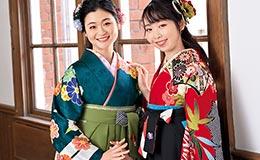 卒業式の袴(紺無地)無料レンタル